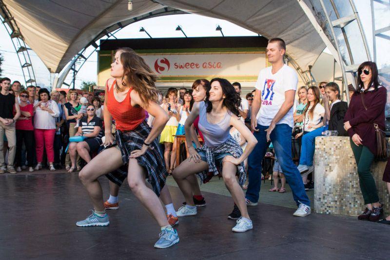 Москва замахнулась на рекорд Гиннеса в исполнении латиноамериканских танцев