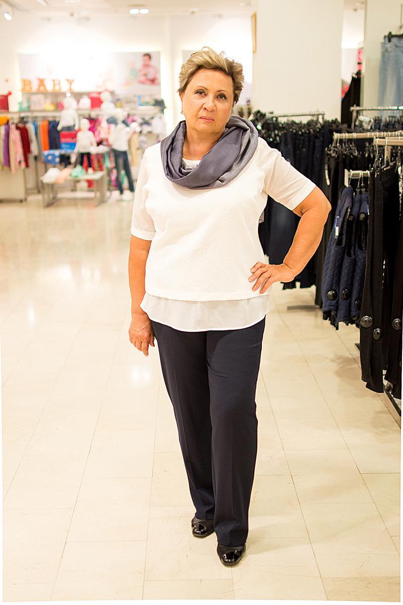 Блуза, брюки, платок Marks&Spencer.