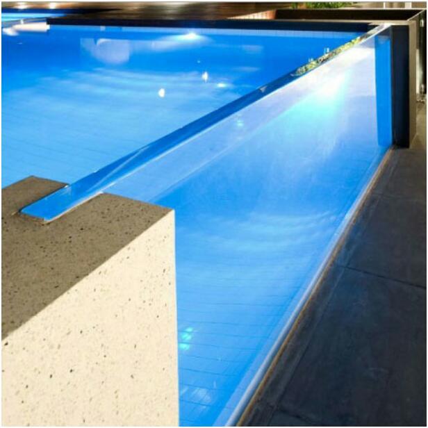 Облицовка бассейна пленкой ПВХ, строительство бассейнов
