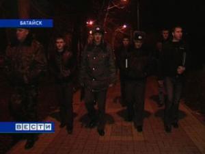 В Батайске сотрудники местной милиции провели рейд по проверке соблюдения комендантского часа