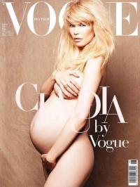 Беременная Клаудиа Шиффер снялась обнаженной для Vogue