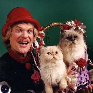 Юрий Куклачев и его любимые кошки