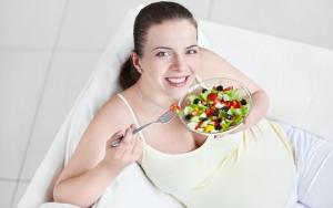 5 блюд, опасных для беременных женщин