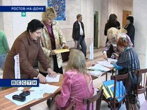 В Ростовской области работают 30 школ для родителей, готовых взять ребенка из детского дома