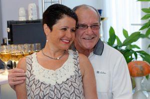 78-летний Эммануил Виторган и его 56-летняя супруга стали родителями