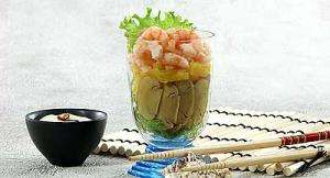 Салат-коктейль с креветками (вариант 2)