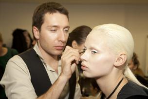 Урок макияжа nude от Юрия Столярова