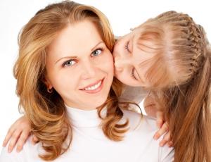 Ученые: красивые женщины рожают дочерей