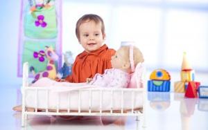 Куклы тормозят развитие девочек