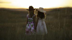 Наличие двоих детей в семье может продлить жизнь родителям