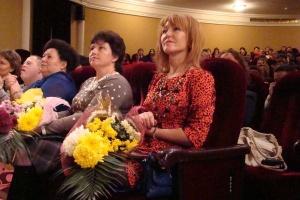 В Ростове многодетных матерей Дона наградили подарками и грамотами