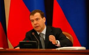 Медведев: программа выплат материнского капитала будет продлена