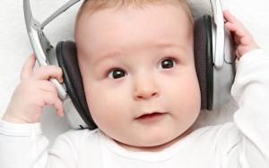 Малышам прописано «принимать» Моцарта два раза в день
