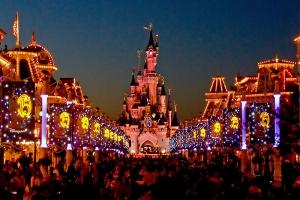 Выиграй поездку в DisneyLand