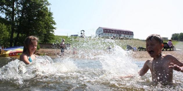 Безопасное купание с детьми на природе