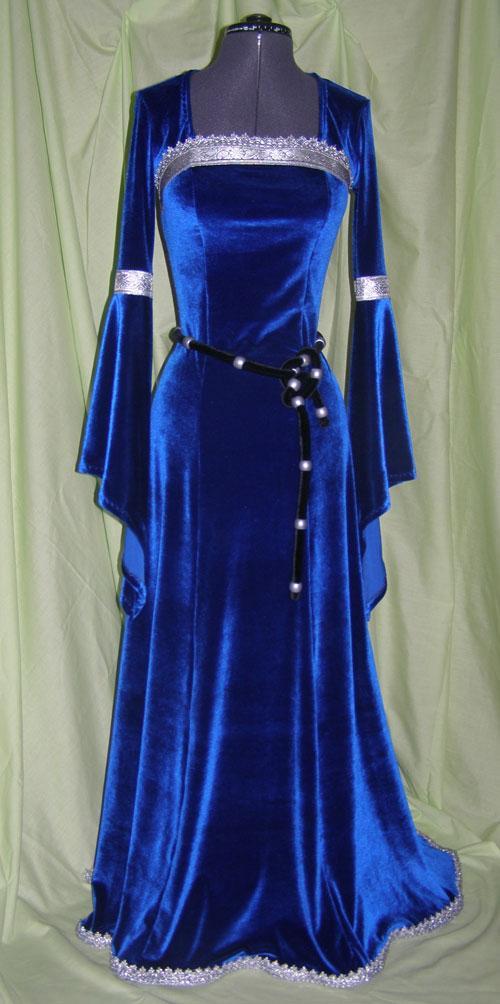 Пошив одежды на заказ: Ателье-студия Валентины Водогрецкой
