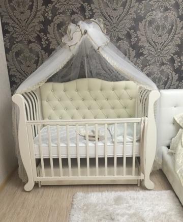 Роскошная кровать-диван Магнолия (Лель) с декоративной спинкой