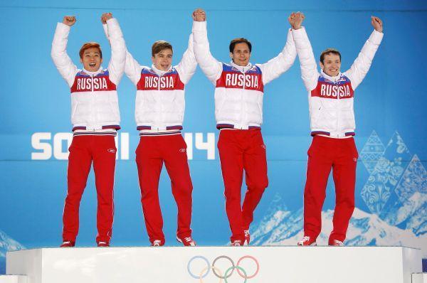 Виктор Ан, Семён Елистратов, Владимир Григорьев и Руслан Захаров - чемпионы в шорт-треке.