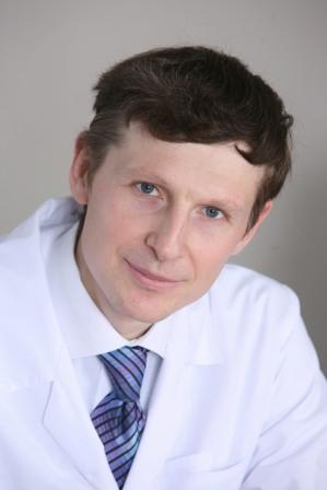 Михаил Гурьевич Полуэктов врач-сомнолог, к.м.н., вице-президент Национального общества специалистов по детскому сну, член экспертного совета JOHNSON'S® Baby