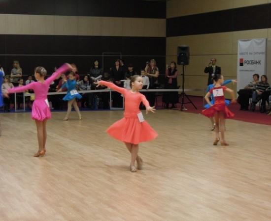 Танцы в Ростове на Западном