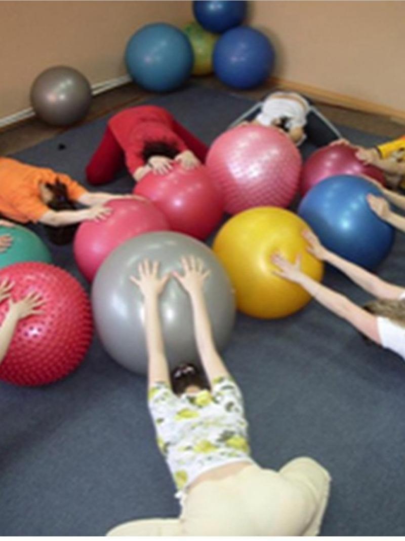 Фитнес для беременных и упражнения специальные при схватках и родах