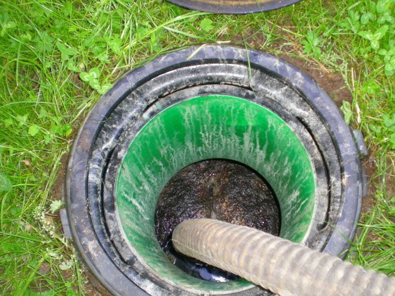 Откачка и вывоз всех видов канализационных стоков