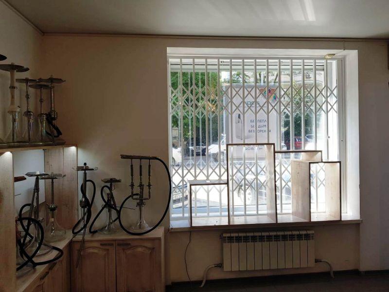 Раздвижные решетки - надежная защита дома, квартиры, дачи от воровства