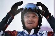 Сноубордист Николай Олюнин завоевал серебряную медаль.